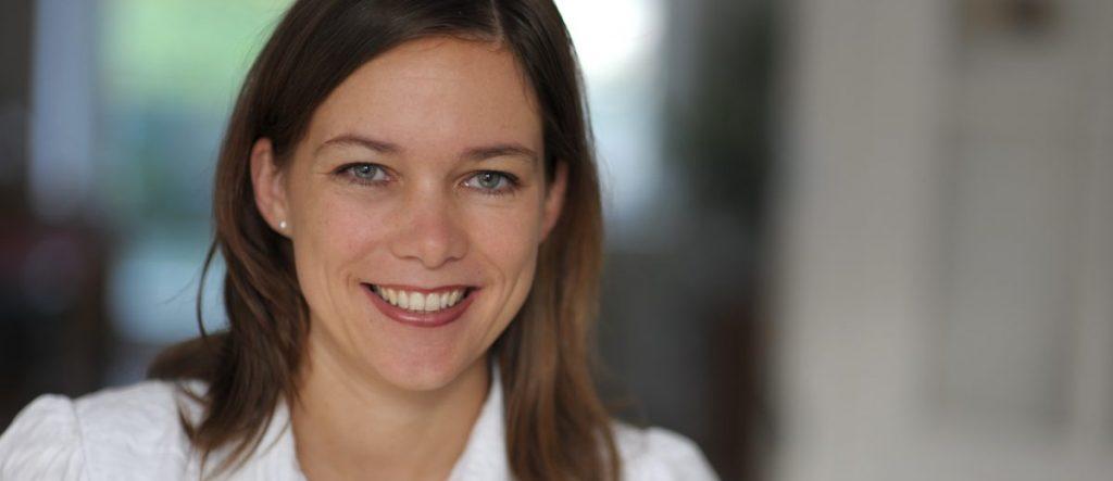 Dr. med. dent. Iris Neumann – Fachzahnärztin für Kieferorthopäde